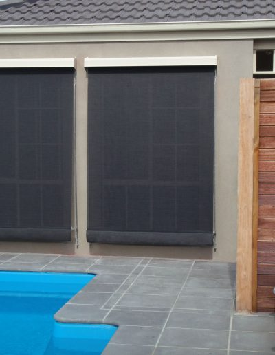 outdoor screens and blinds