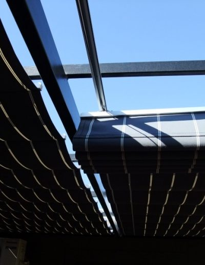 retractable awning covers